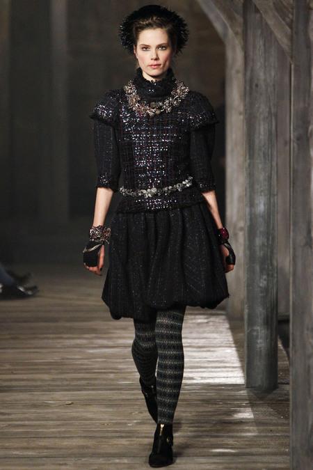 Chanel Pre-Fall 2013 11