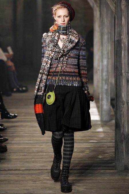 Chanel Pre-Fall 2013 16