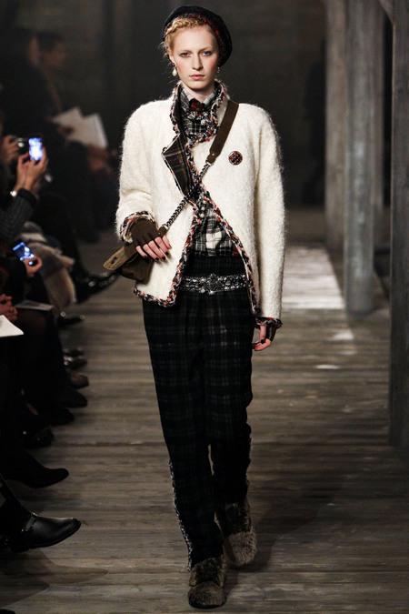 Chanel Pre-Fall 2013 3