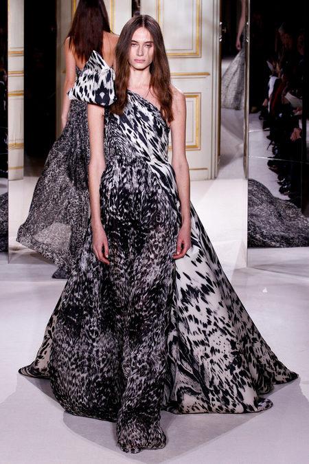 Giambattista Valli Spring 2013 Couture 3