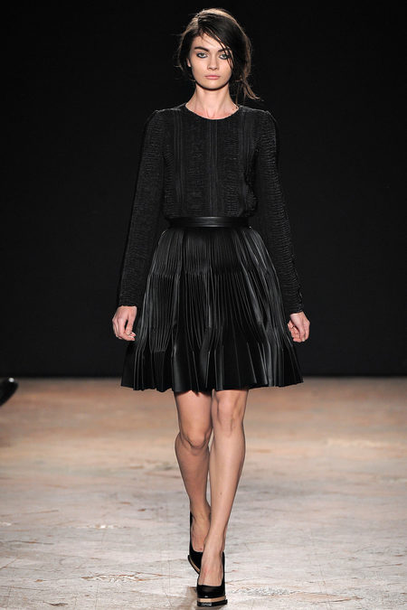 Marco de Vincenzo Fall 2013 RTW 11