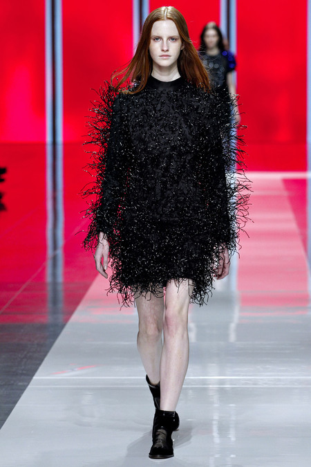 Christopher Kane Fall 2013 RTW 21