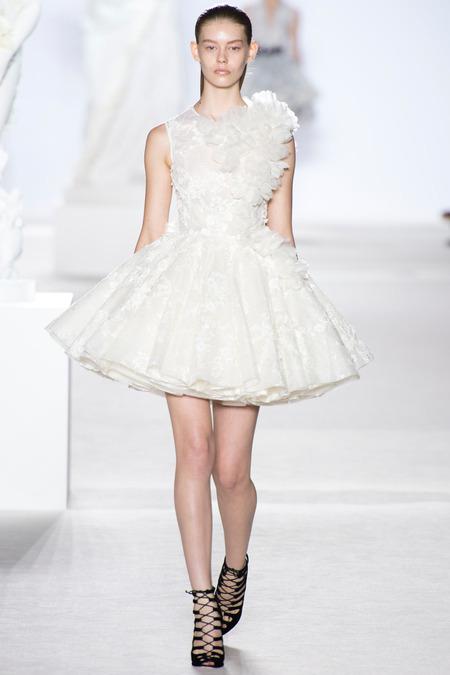Giambattista Valli Fall 2013 Couture 2