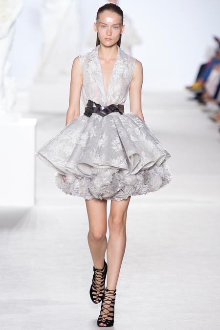 Giambattista Valli Fall 2013 Couture 3