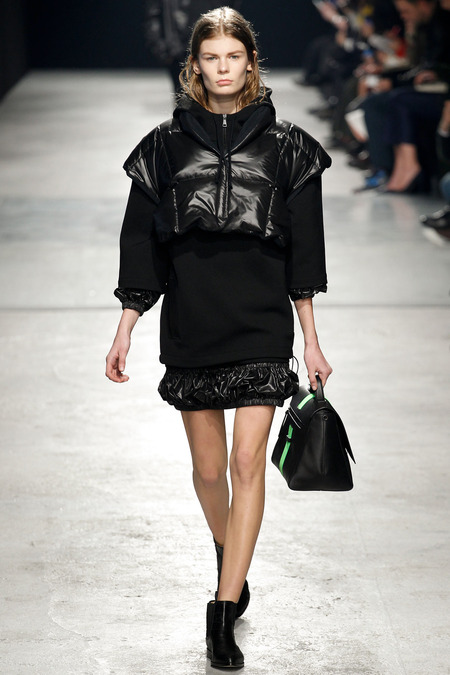 Christopher Kane Fall 2014 RTW 4