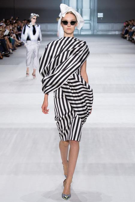Giambattista Valli Fall 2014 Couture 3