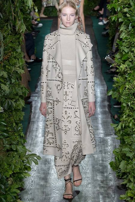 Valentino Fall 2014 Couture 25
